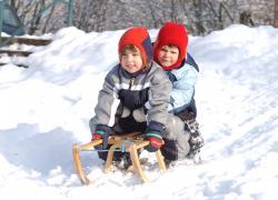 Kinder Rodeln in Thüringen
